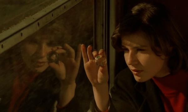 La Double Vie de Véronique (The Double Life of Véronique) - Directed by Krzysztof Kieslowski