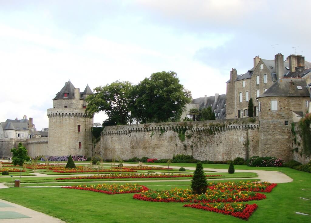french podcast 21 bretagne another common mistake explained. Black Bedroom Furniture Sets. Home Design Ideas
