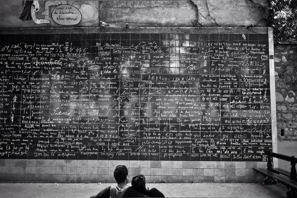 Le mur des je t'aime paris couple