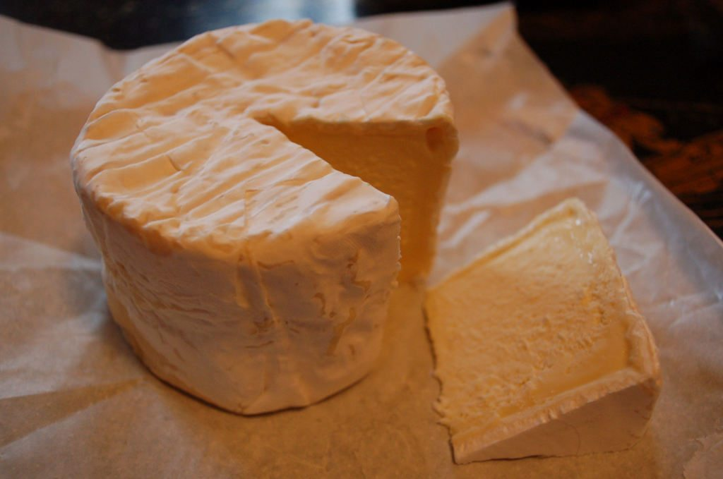 Chaource_cheese