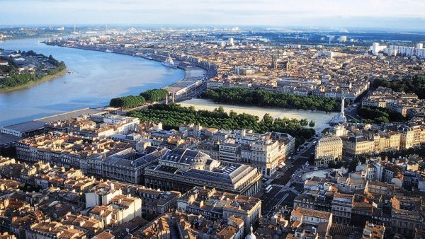 Discover the 12 most family friendly places in france to live for Bordeaux france