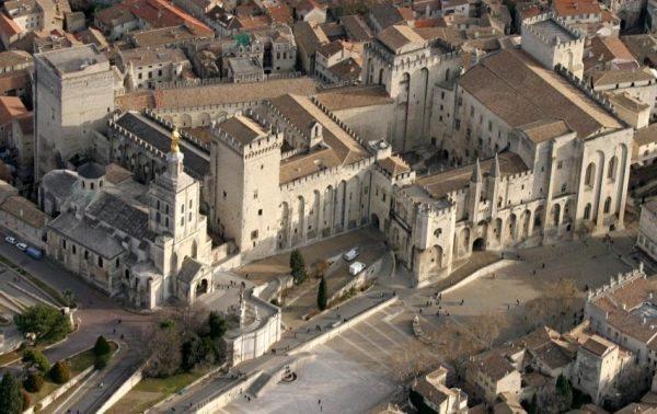 palais des papes davignon
