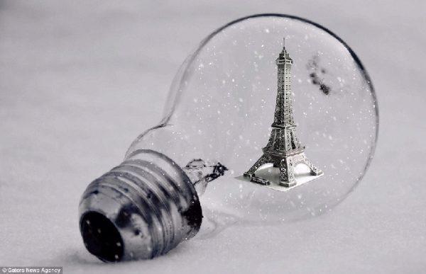 lightbulb eiffel tower