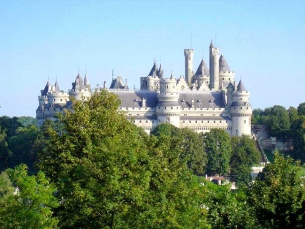 2 Château de Pierrefonds www.talkinfrench.com