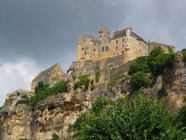 Château de Beynac www.talkinfrench.com
