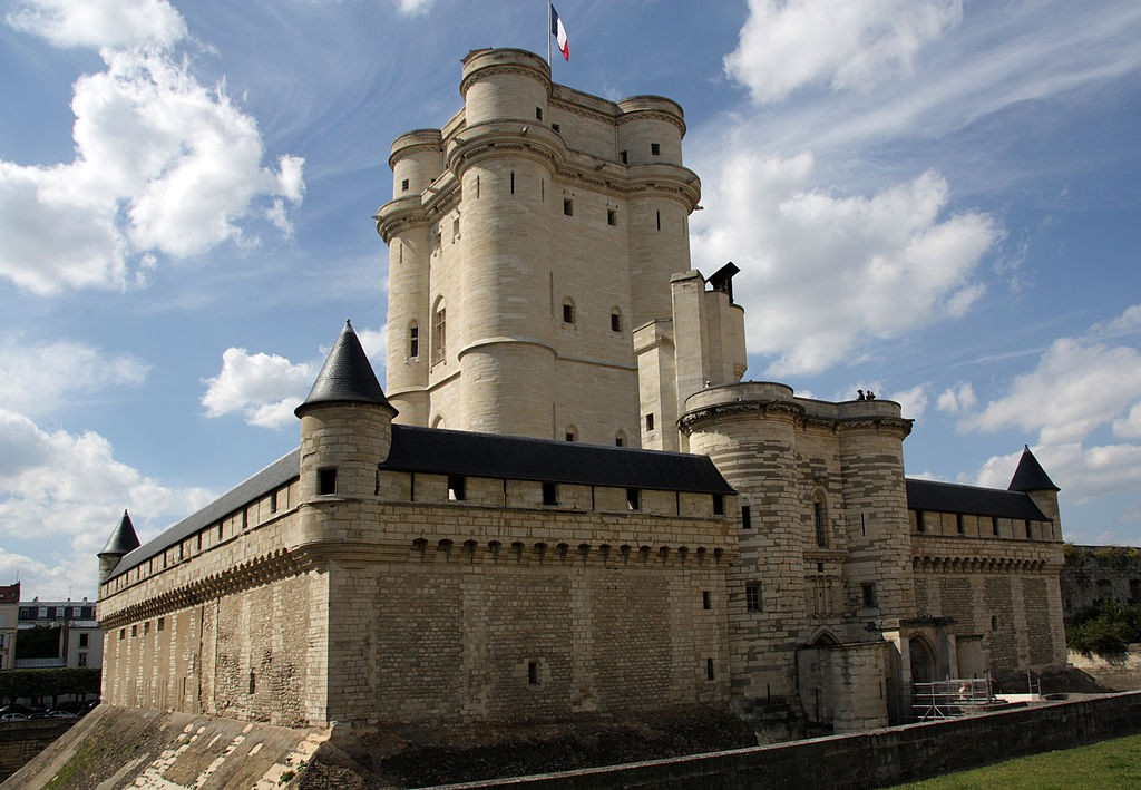 5 Château de Vincennes www.talkinfrench.com