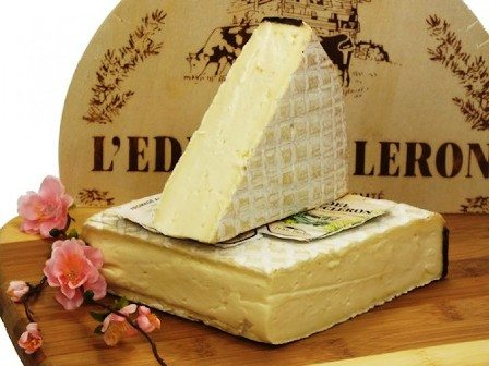 French cheese edel-de-cleron