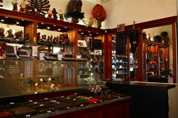 Paris Chocolate Shop-jean charles rochoux