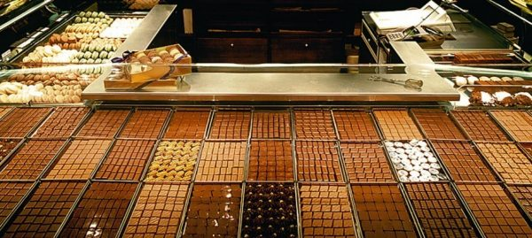 Paris Chocolate Shop-jeanpaul hevin