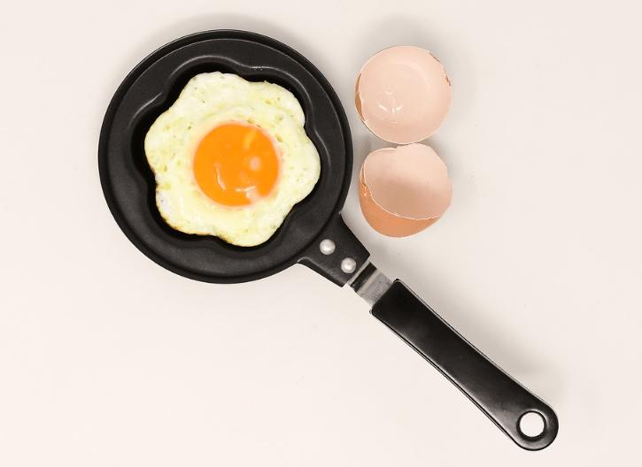 Aller se faire cuire un œuf - french insult
