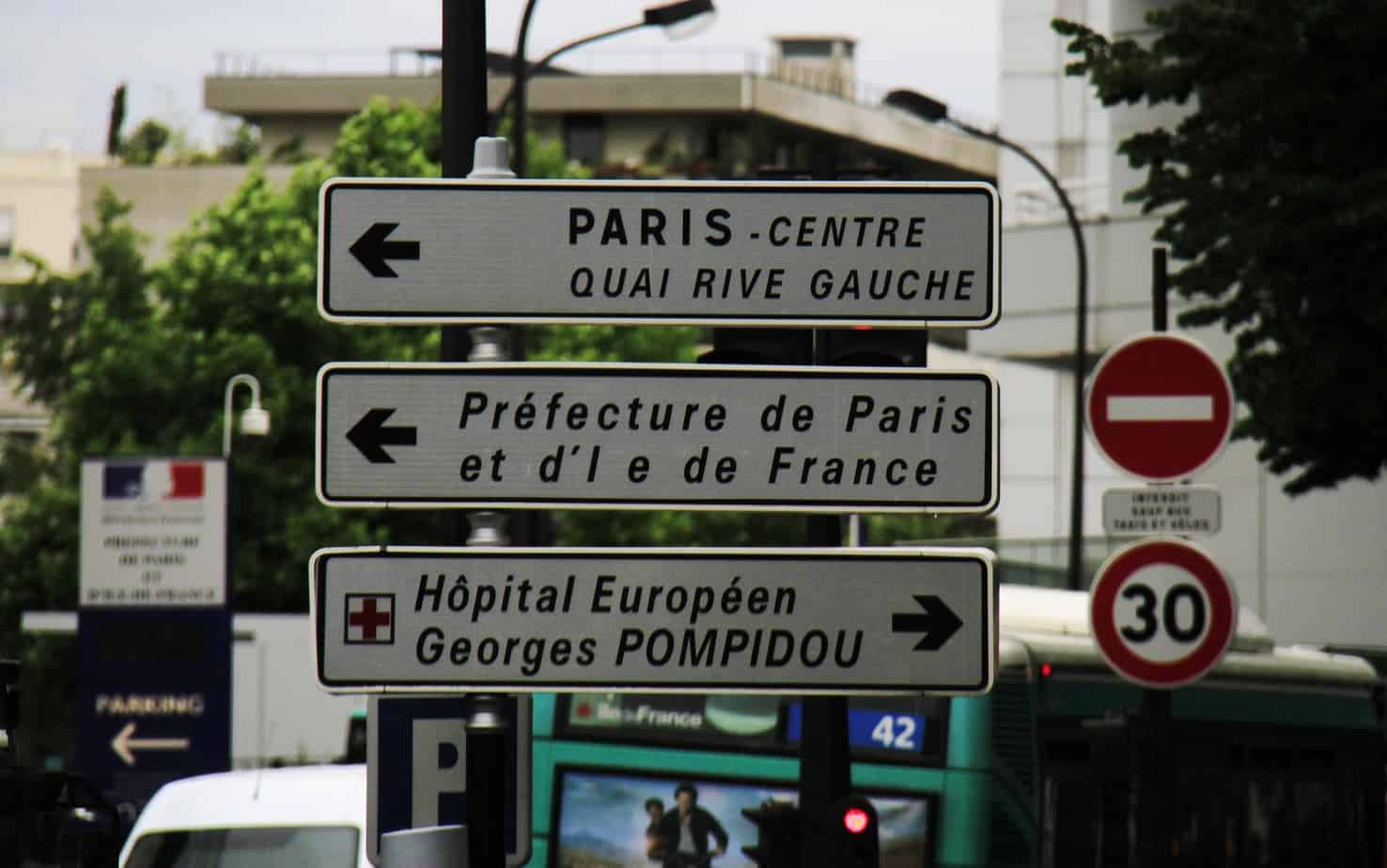 TalkInFrench.com Street signs